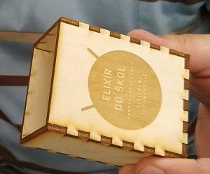 Krabička Elixíru vyrobená na laserové řezačce a gravírovačce